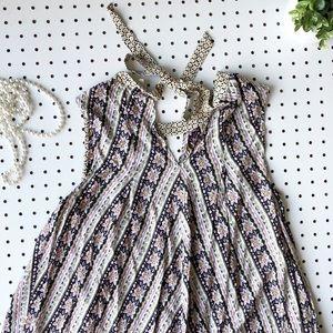 hyku Dresses - BOHO HYKU festival dress tie neck flowey hippie